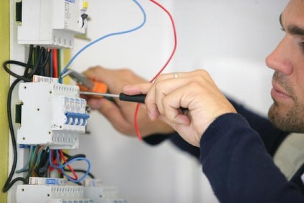 Installation électrique par l'électricien